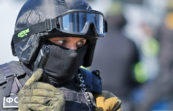 Сотрудники ФСБ задержали 14 человек за изготовление документов для ИГ