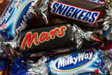 Компания Mars отзовет партию шоколада в Европе из-за пластика в батончиках