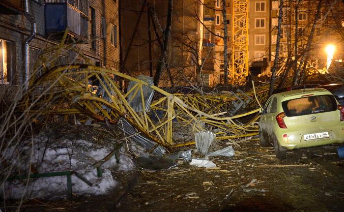 Прокуратура проверит все стройки Свердловской области после падения крана в Екатеринбурге