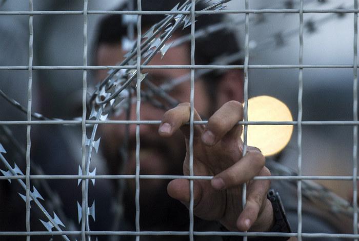 Швейцарцы проголосовали против ужесточения антимигрантских законов