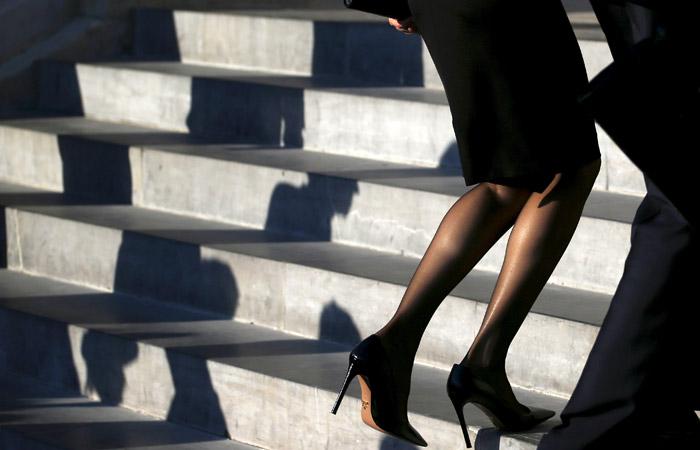 Фракция ЛДПР предложила запретить супругам госчиновников заниматься бизнесом