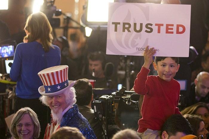 Трамп и Круз поровну поделили штаты на субботних праймериз в США
