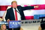 СМИ объявили о победе Трампа на праймериз республиканцев в двух штатах