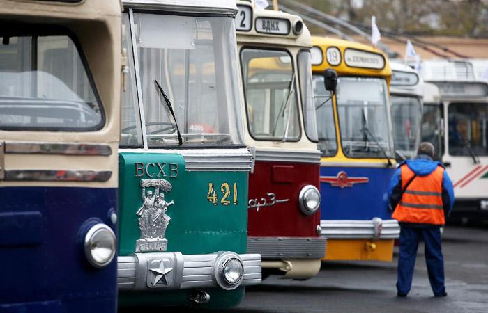 Власти Москвы решили сохранить троллейбусы на Садовом кольце