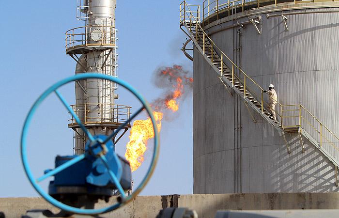 В Иране назвали условие для переговоров о замораживании добычи нефти