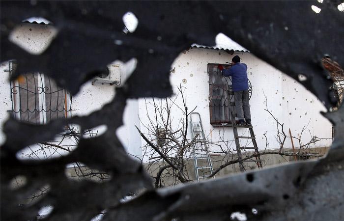 Группа журналистов оказалась в поселке Зайцево во время обстрела