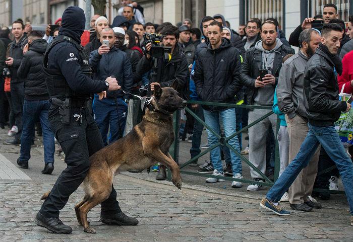 Задержанному в Брюсселе Абдесламу предъявлено обвинение в терроризме