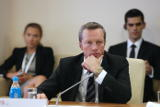 Суд отправил под домашний арест ректора ДВФУ