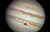 """Астрономы выяснили происхождение """"красителя"""" Большого красного пятна"""