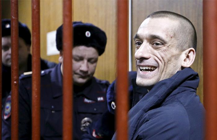 Дело Петра Павленского переквалифицировано
