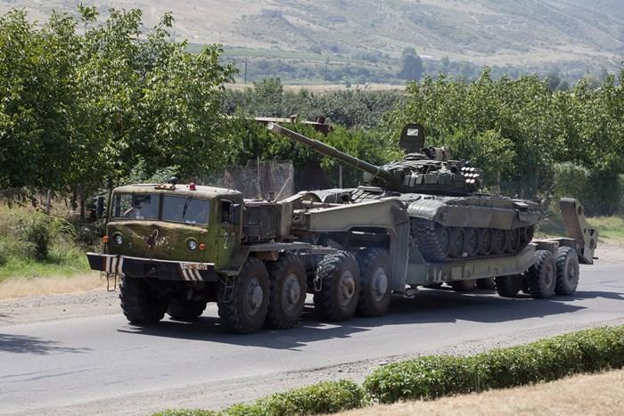 Глава ПАСЕ призвал воздержаться от применения насилия в Нагорном Карабахе