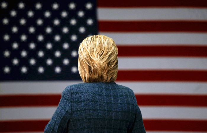 """Хиллари Клинтон пообещала заставить Китай """"ходить по струнке"""""""