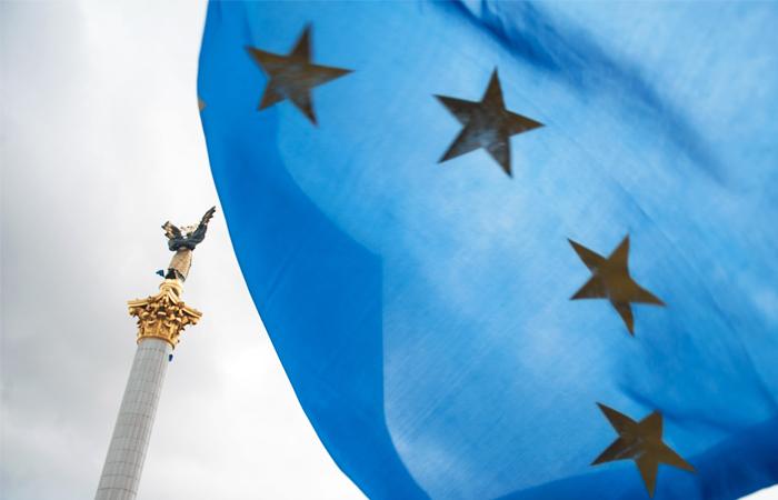 ЕС предложит отменить визы с Украиной в обход референдума в Нидерландах