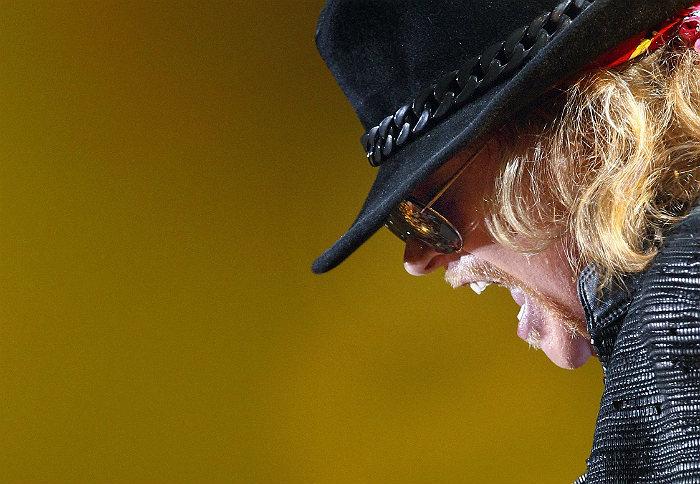 Аксель Роуз стал новым вокалистом AC/DC