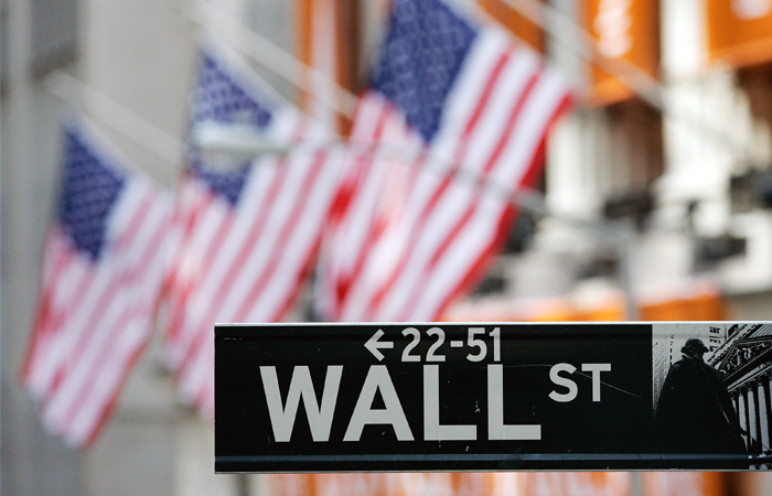 Власти США присмотрятся к бонусам финансовых работников