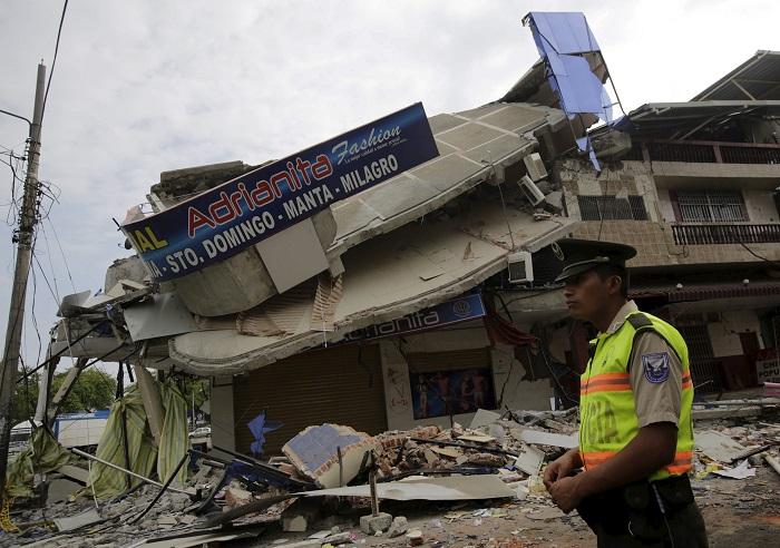 Число погибших в результате землетрясения в Эквадоре достигло 587