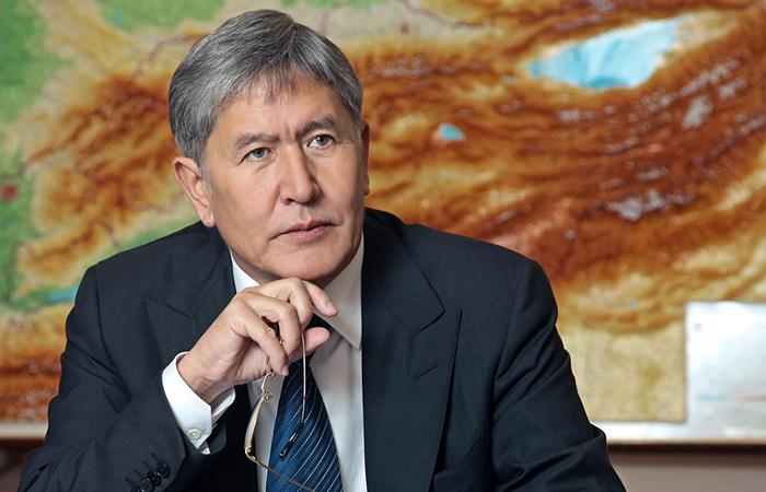 Алмазбек Атамбаев: вариант с преемником - это уже не тот путь