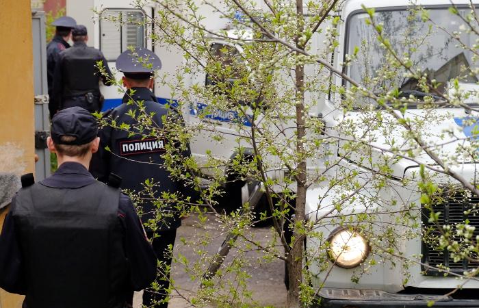Неизвестный расстрелял пятерых мотоциклистов под Москвой