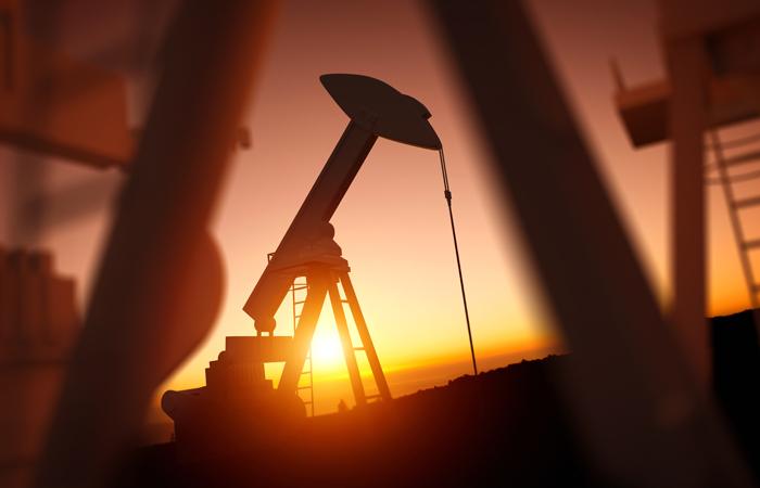 Добыча нефти ОПЕК в апреле достигла максимума с августа 2008 года