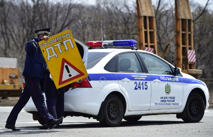 """СМИ сообщили о новых трактовках """"опасного вождения"""" в ПДД"""