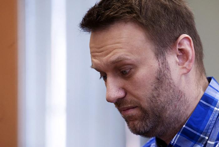 При нападении на Навального и сотрудников ФБК пострадали шесть человек