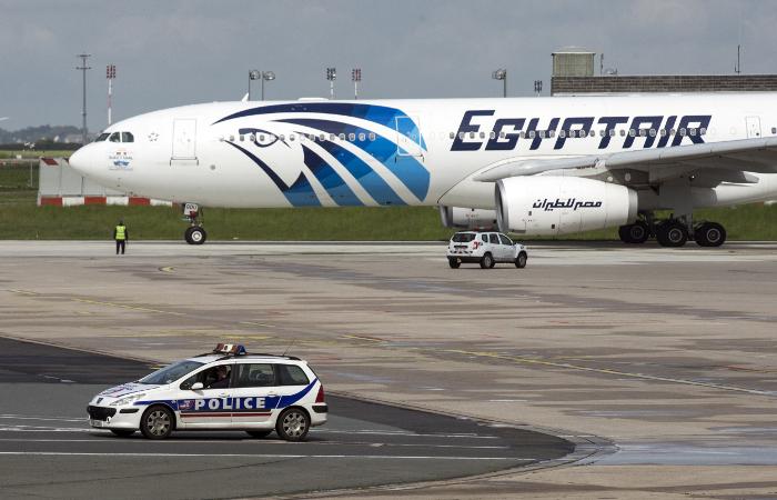 Крушение EgyptAir отсрочит возобновление полетов граждан России вЕгипет