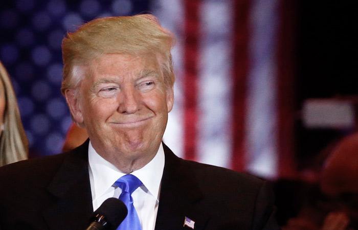 Трамп догнал по популярности Клинтон в опросах общественного мнения