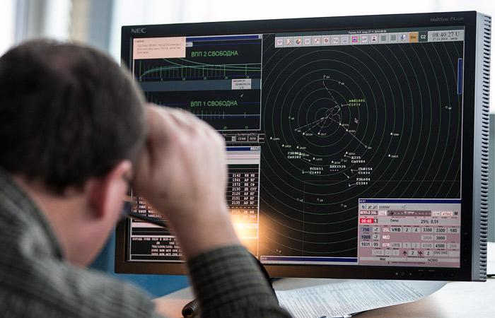 Русские диспетчеры спасли пассажирский лайнер отстолкновения снеопознанным самолетом