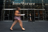 Apple ���������� ������ ������������ Time Warner