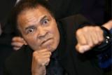 Мохаммед Али госпитализирован из-за проблем с дыханием