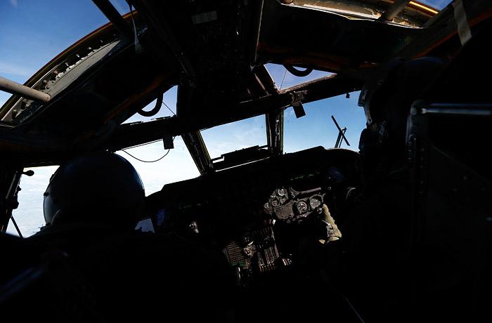 Летевший в Европу бомбардировщик ВВС США развернулся из-за неполадок