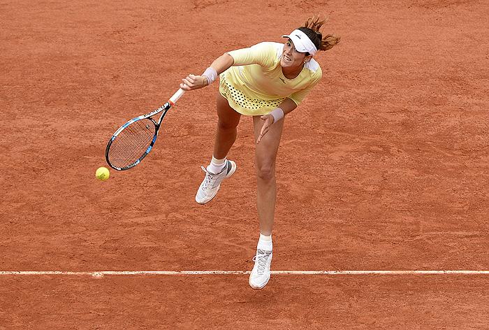 Серена Уильямс сенсационно проиграла вфинале «Ролан Гаррос»