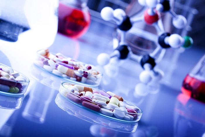 Медикаменты в РФ в январе-мае подорожали на 7,6%