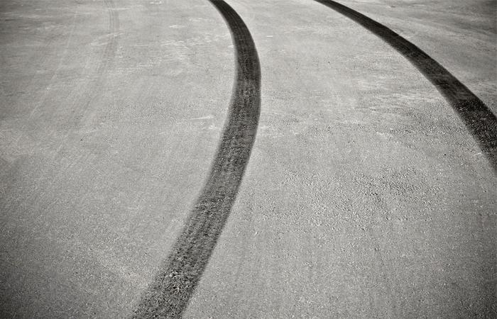 """Устроившего гонки на """"Гелендвагене"""" в Москве лихача оштрафовали на 15 тыс. руб."""