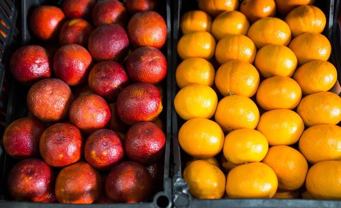 РФ с 18 июня запретила реэкспорт овощей и фруктов из ряда стран Африки