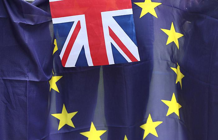 Петиция за повторный референдум по Brexit набрала более миллиона подписей