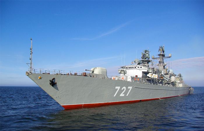 Минобороны РФ обвинило эсминец США в опасных маневрах в Средиземноморье