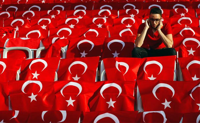 Российский посол призвал не спешить с отменой виз для граждан Турции