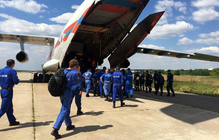 ВИркутской области пропал самолет Ил-76 соспасателями