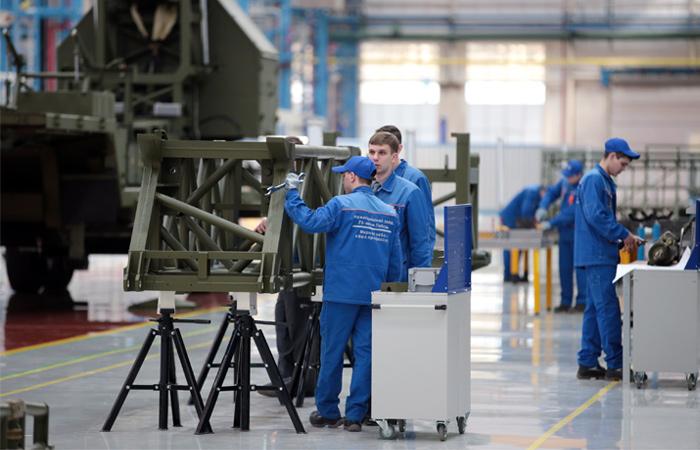"""""""Алмаз-Антей"""" инвестирует в производство предназначенные руководству бонусы"""