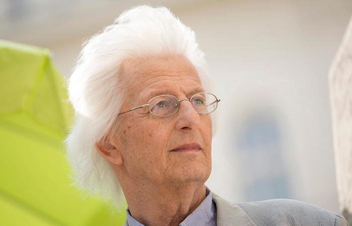 Скончался венгерский писатель Петер Эстерхази