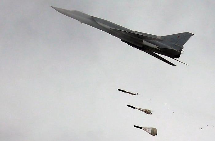 Российские Ту-22М3 второй раз за неделю атаковали объекты ИГ в Сирии