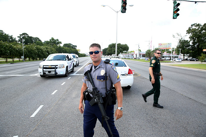 По меньшей мере двое полицейских убиты в Луизиане