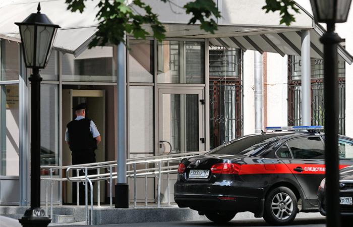 К сотрудникам СКР пришли с обысками по делу о взятках от преступников