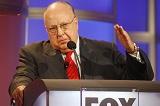 Гендиректор Fox News покинул пост из-за подозрений в сексуальном домогательстве