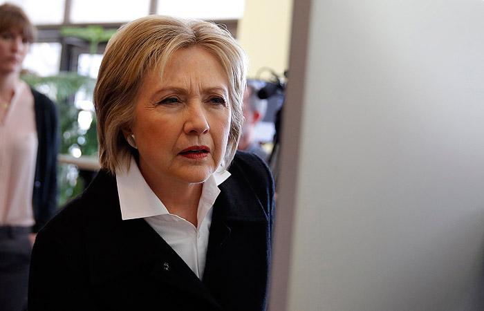 В кибератаке на штаб Хиллари Клинтон вновь заподозрили российские спецслужбы