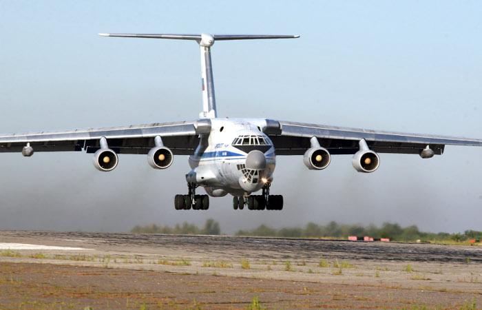"""СМИ узнали об интересе Индии в покупке партии самолетов """"Ил"""" на $2 млрд"""