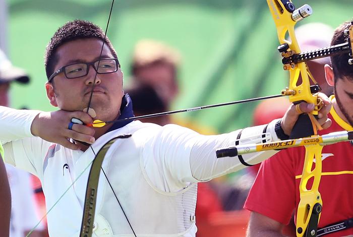 1-ый  рекорд Олимпиады: лучник изКореи набирает 700 баллов