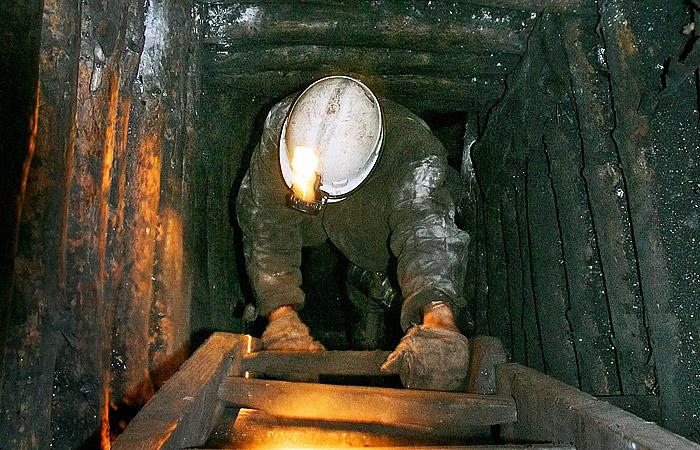 ГУМЧС: Уровень метана вновокузнецкой шахте, где случилось обрушение, внорме