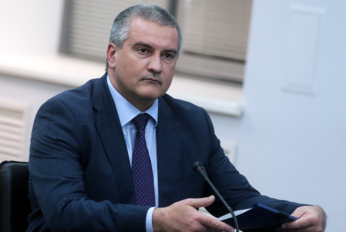 Аксенов усомнился в возможности войны за Крым